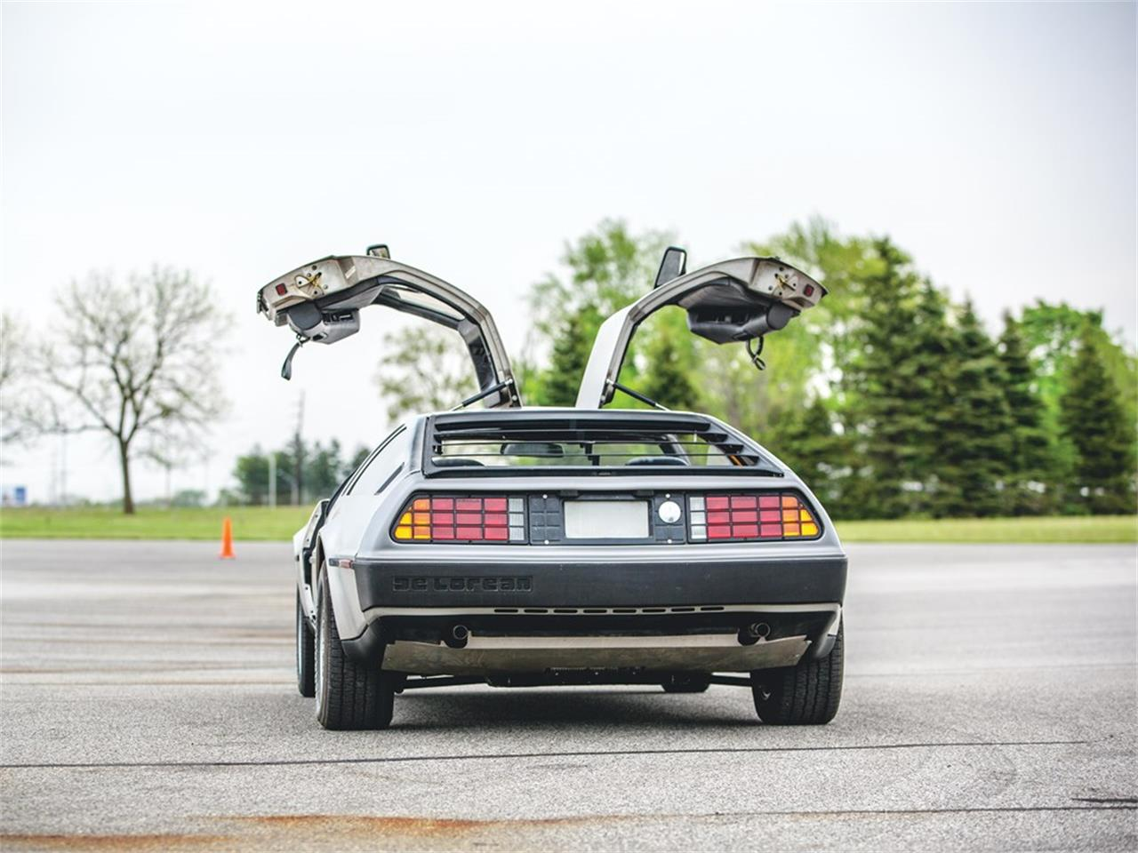 Large Picture of 1981 DeLorean DMC-12 located in Indiana Offered by RM Sotheby's - Q55A