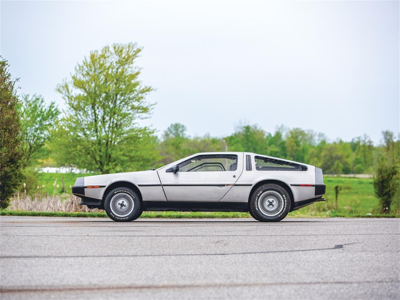 Large Picture of 1981 DMC-12 located in Auburn Indiana Auction Vehicle - Q55A