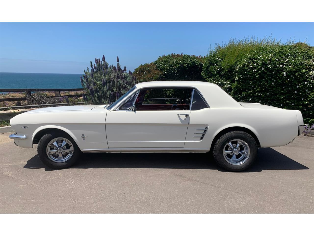 Large Picture of '66 Mustang - Q55B