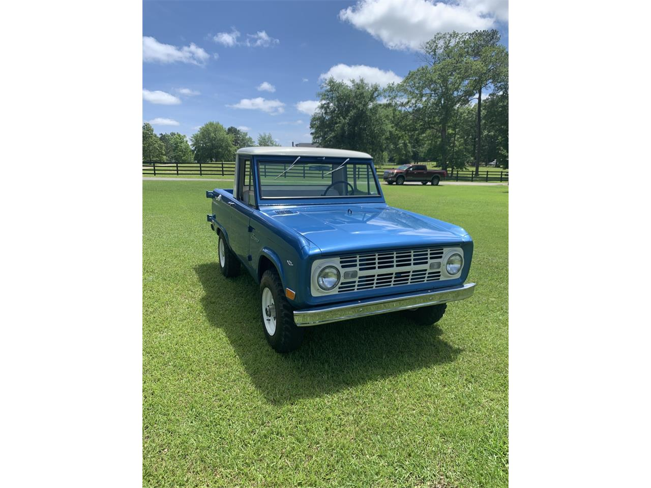 Large Picture of '68 Bronco Auction Vehicle - Q561