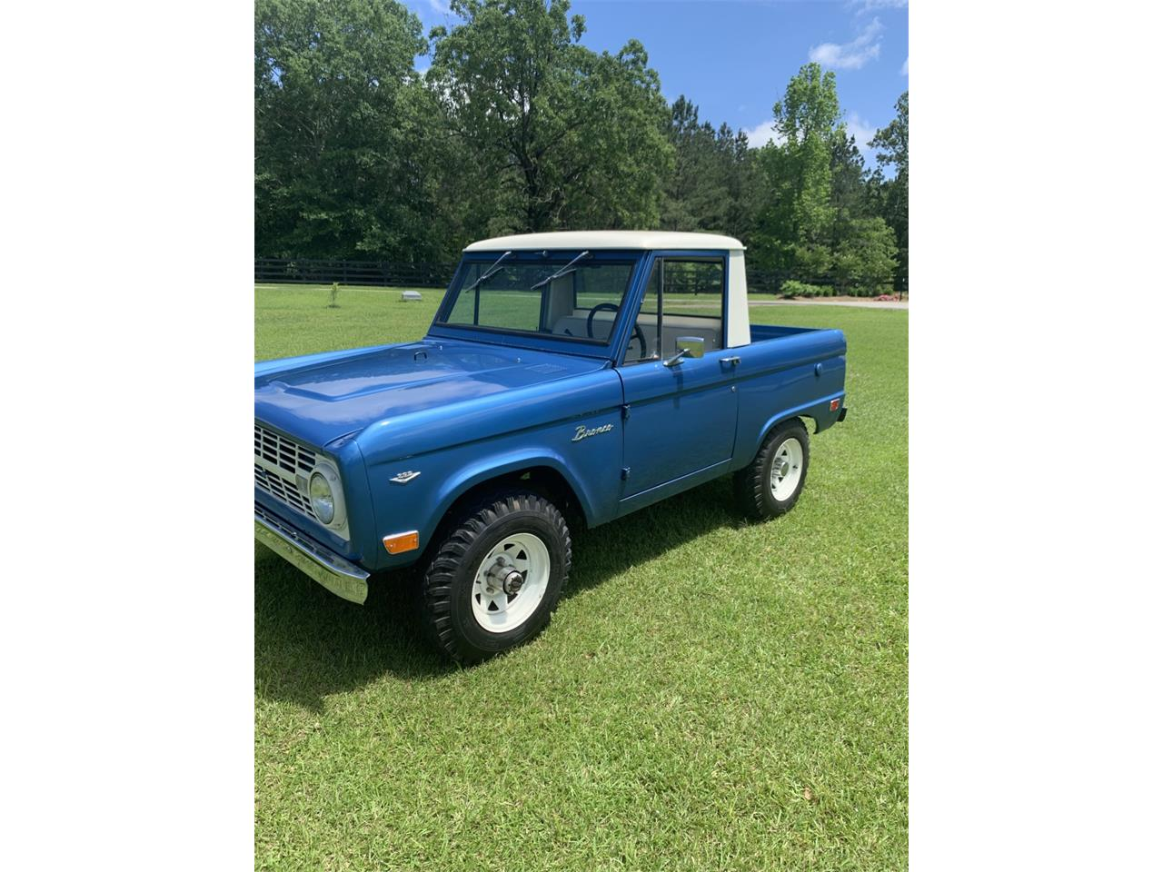 Large Picture of '68 Bronco located in Ellisville Mississippi Offered by Bring A Trailer - Q561
