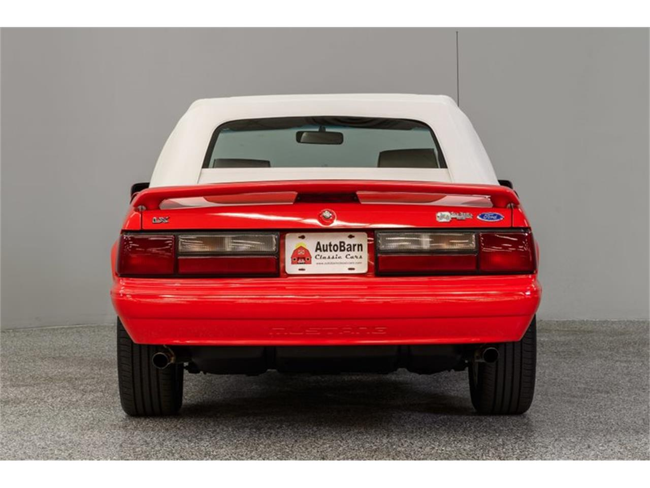 Large Picture of '92 Ford Mustang - Q56V
