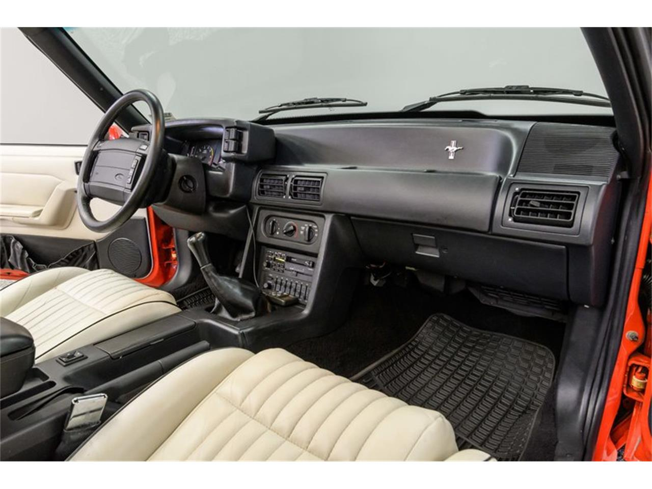 Large Picture of 1992 Ford Mustang Offered by Autobarn Classic Cars - Q56V