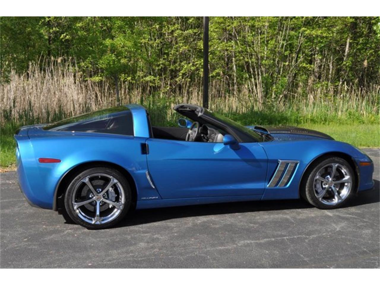 Large Picture of '11 Chevrolet Corvette located in New York - Q58H