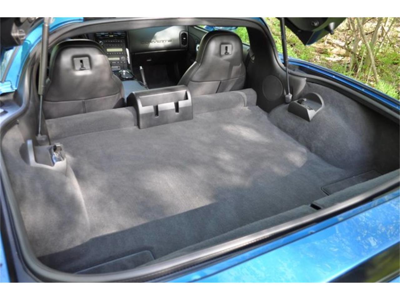 Large Picture of '11 Chevrolet Corvette - $49,999.00 Offered by Prestige Motor Car Co. - Q58H