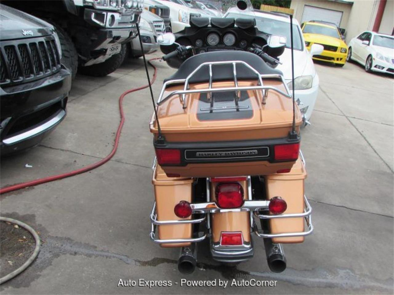 Large Picture of '08 Harley-Davidson Electra Glide located in Florida Auction Vehicle Offered by Auto Express - Q598