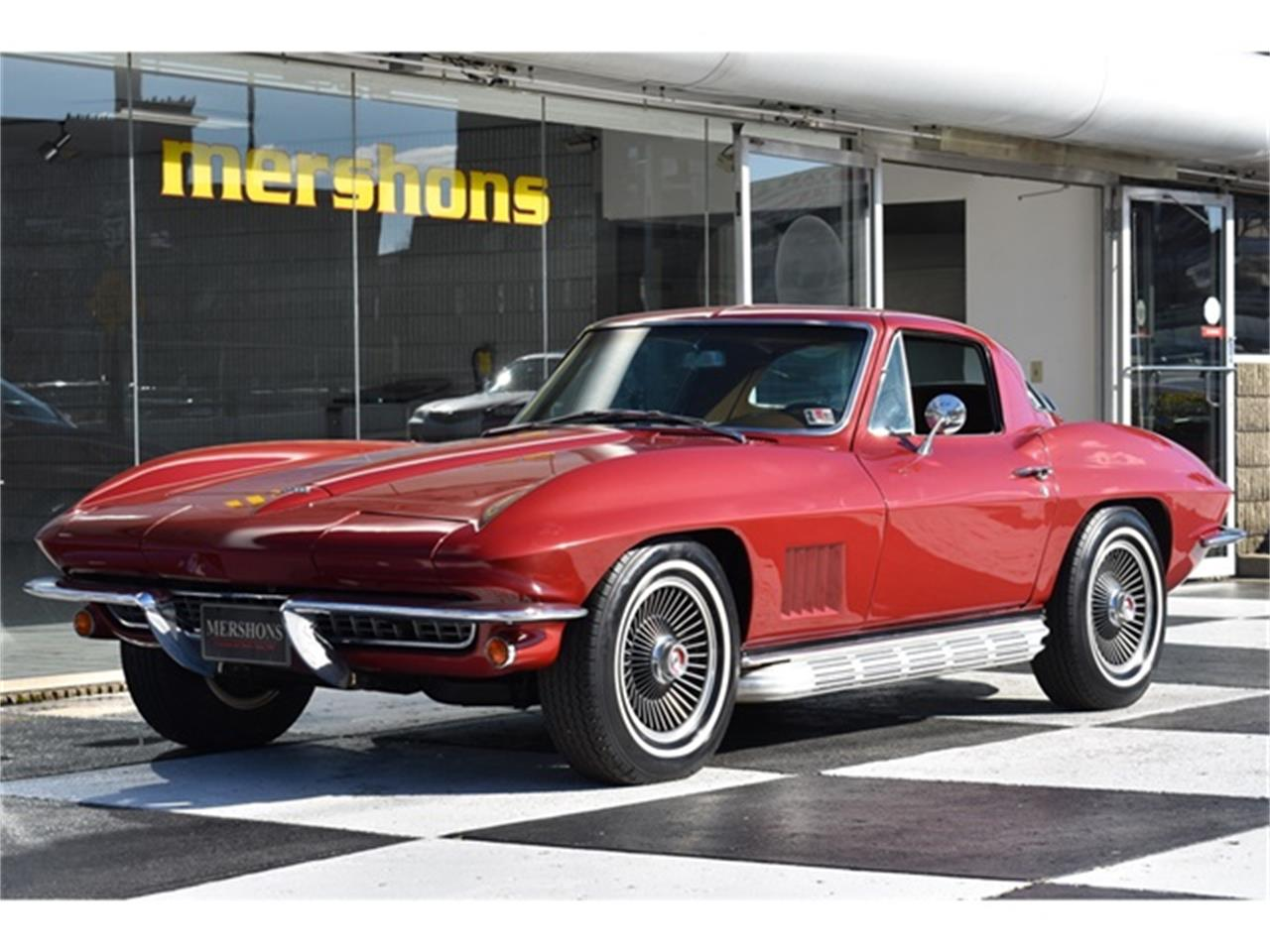 Large Picture of '67 Corvette - Q5A1