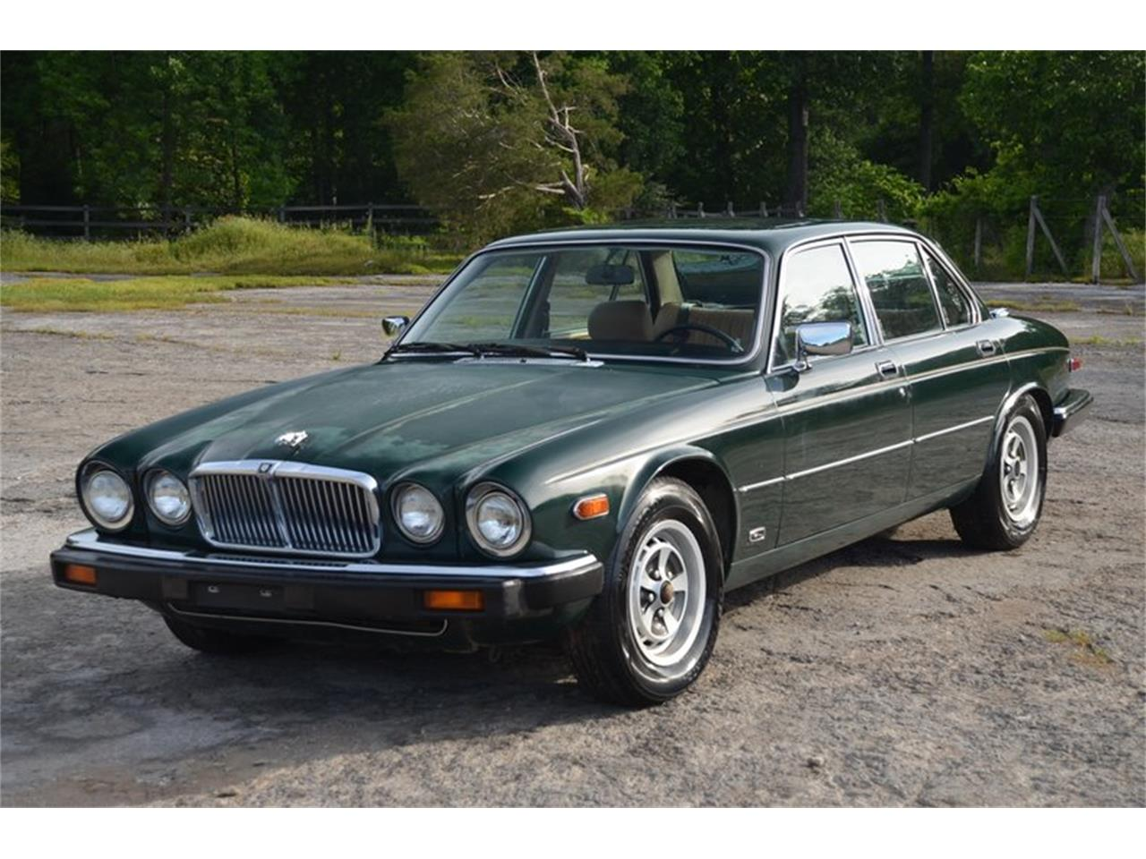 Large Picture of '87 XJ6 - Q5AL