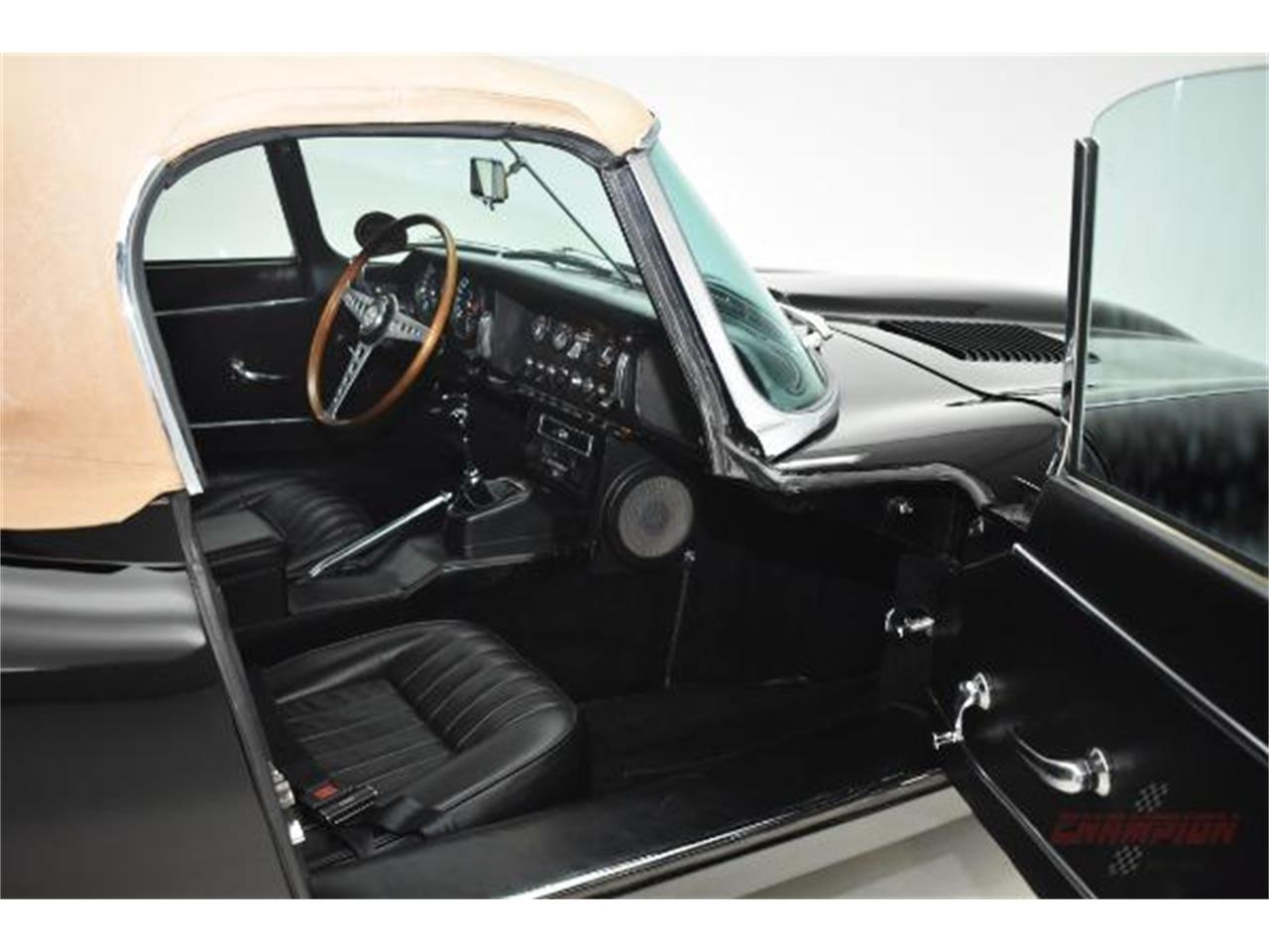 Large Picture of '67 XKE - Q5B5