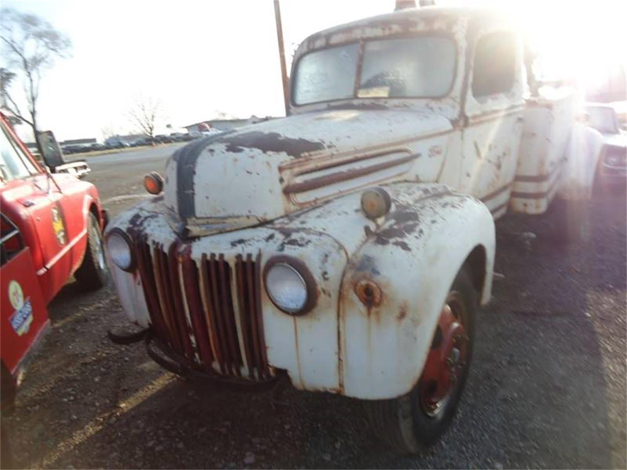 Large Picture of Classic 1945 Tow Truck - Q5BL