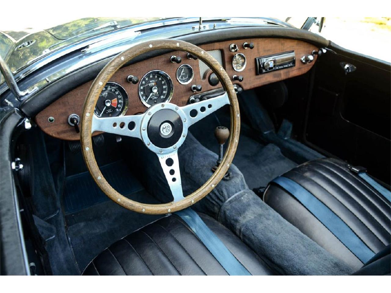Large Picture of '59 MGA - Q66H
