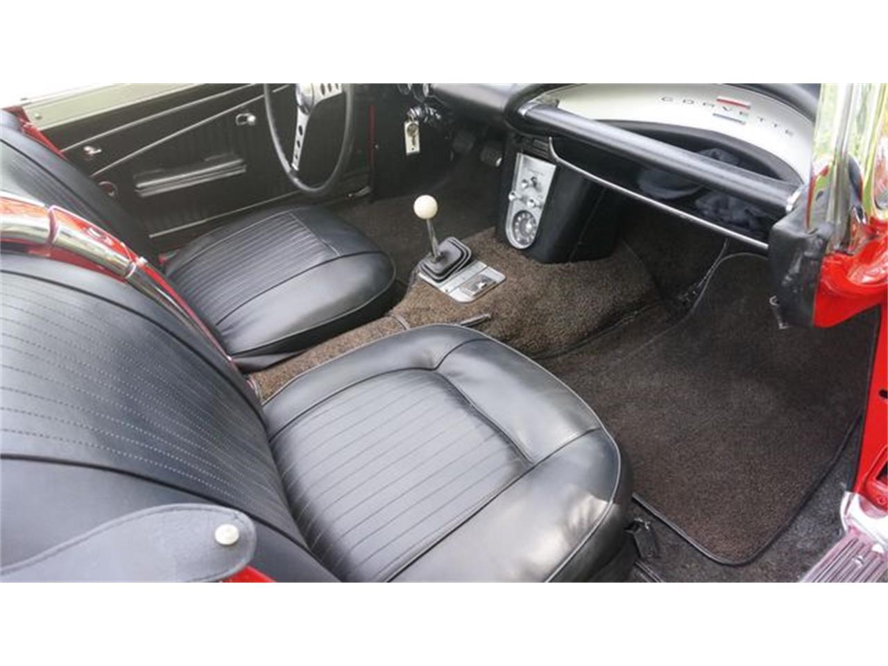 Large Picture of '62 Corvette - Q66K