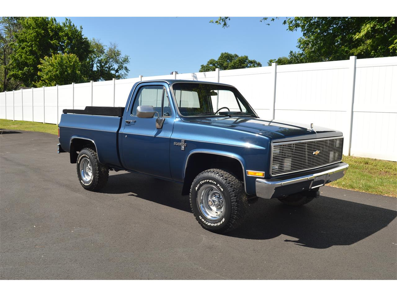 Large Picture of 1984 Chevrolet K-10 located in Pennsylvania - Q66Y
