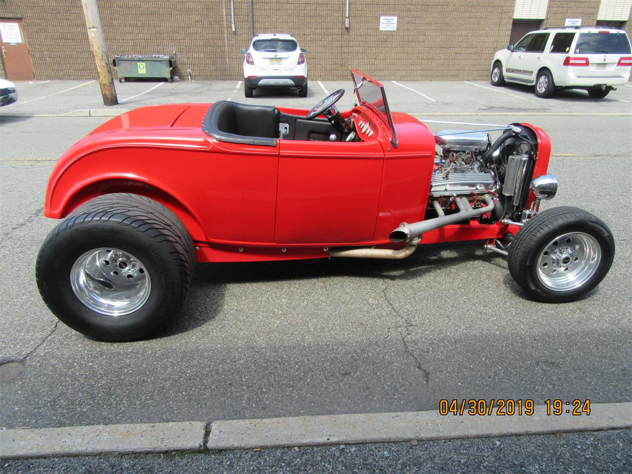 Large Picture of Classic '32 Ford Roadster located in Mill Hall Pennsylvania Auction Vehicle - Q5G0