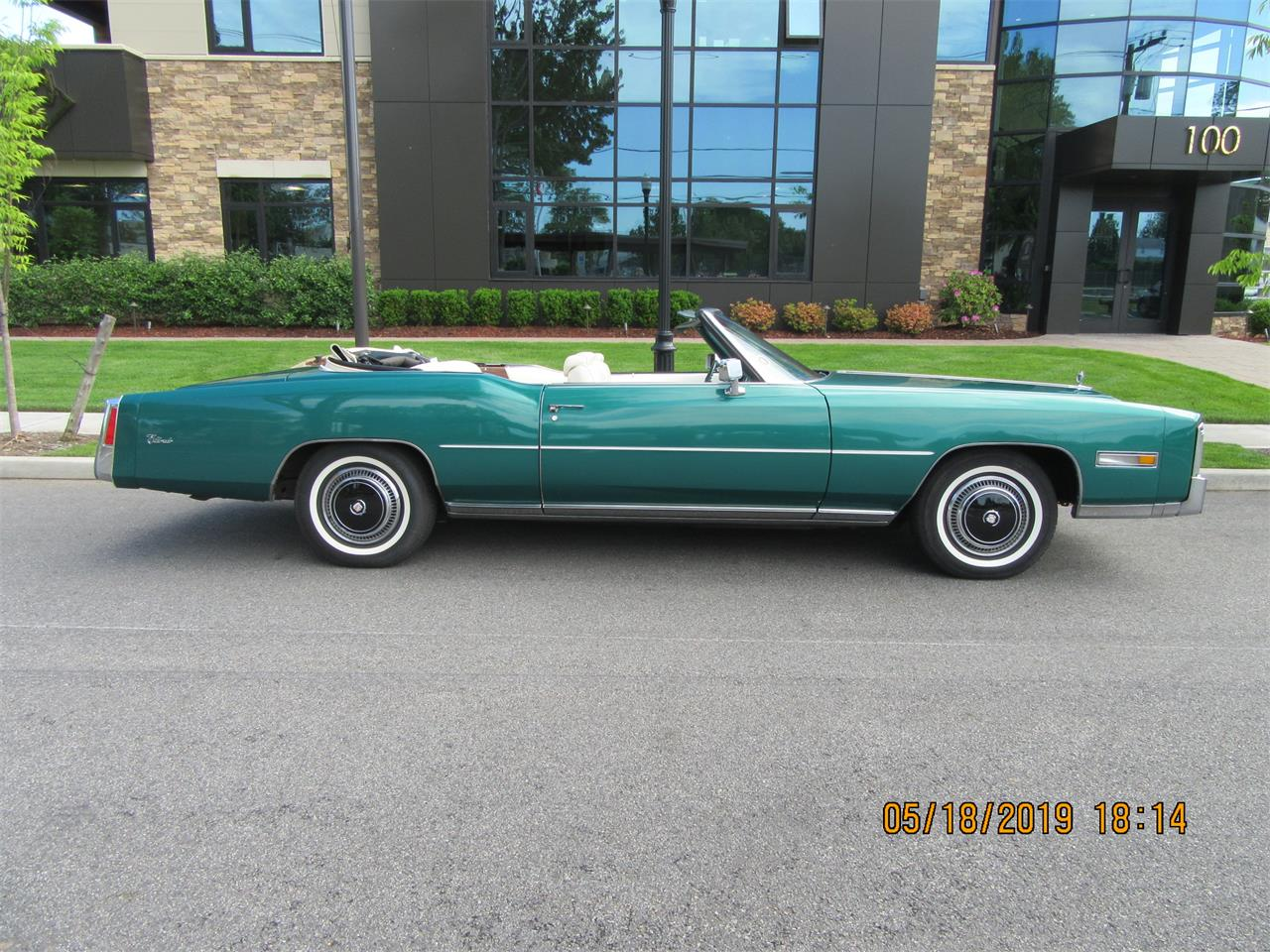 Large Picture of 1976 Cadillac Eldorado - Q5G8