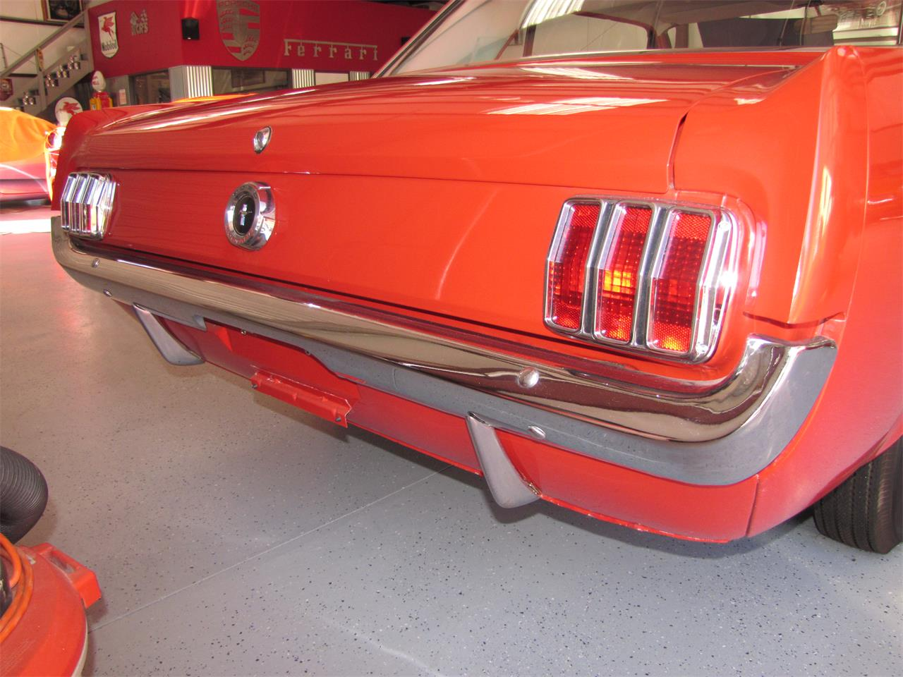 Large Picture of '65 Mustang - Q6BT