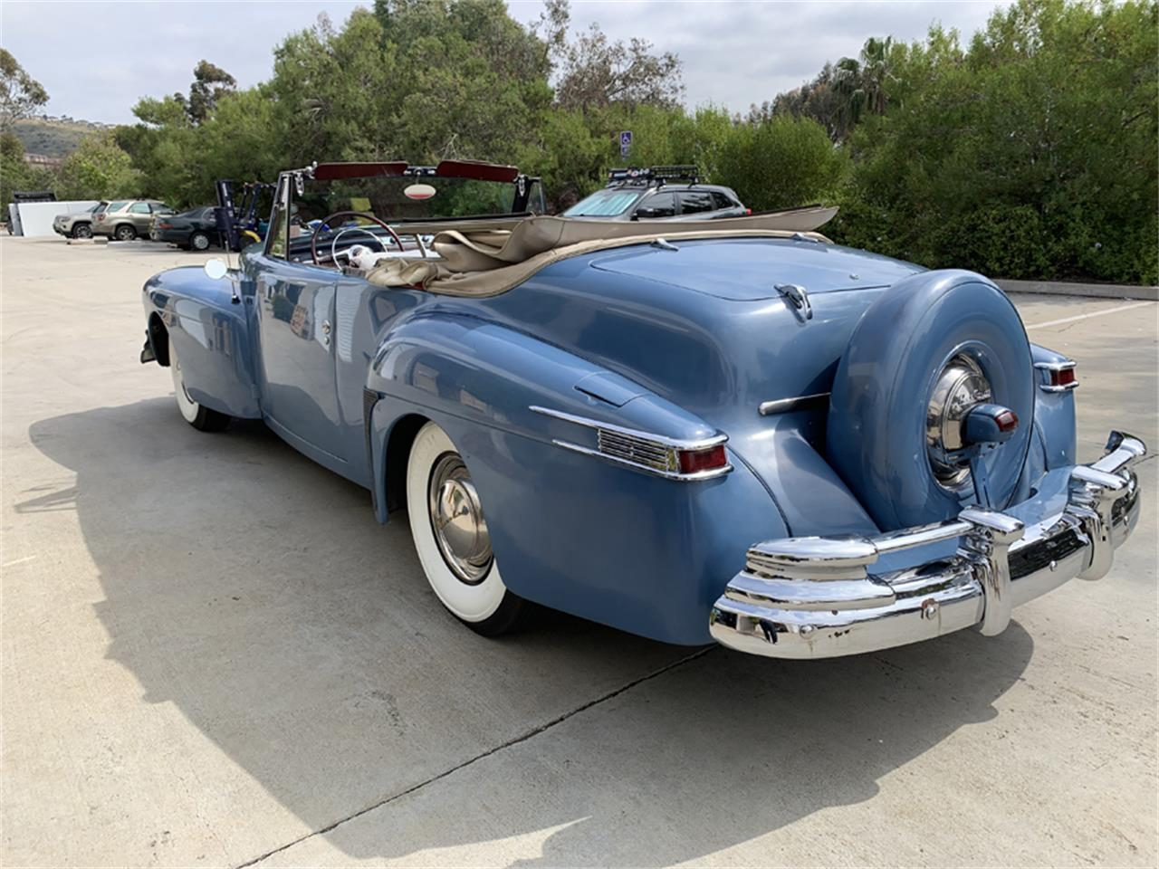 Large Picture of Classic 1948 Lincoln Continental located in California - Q5GG
