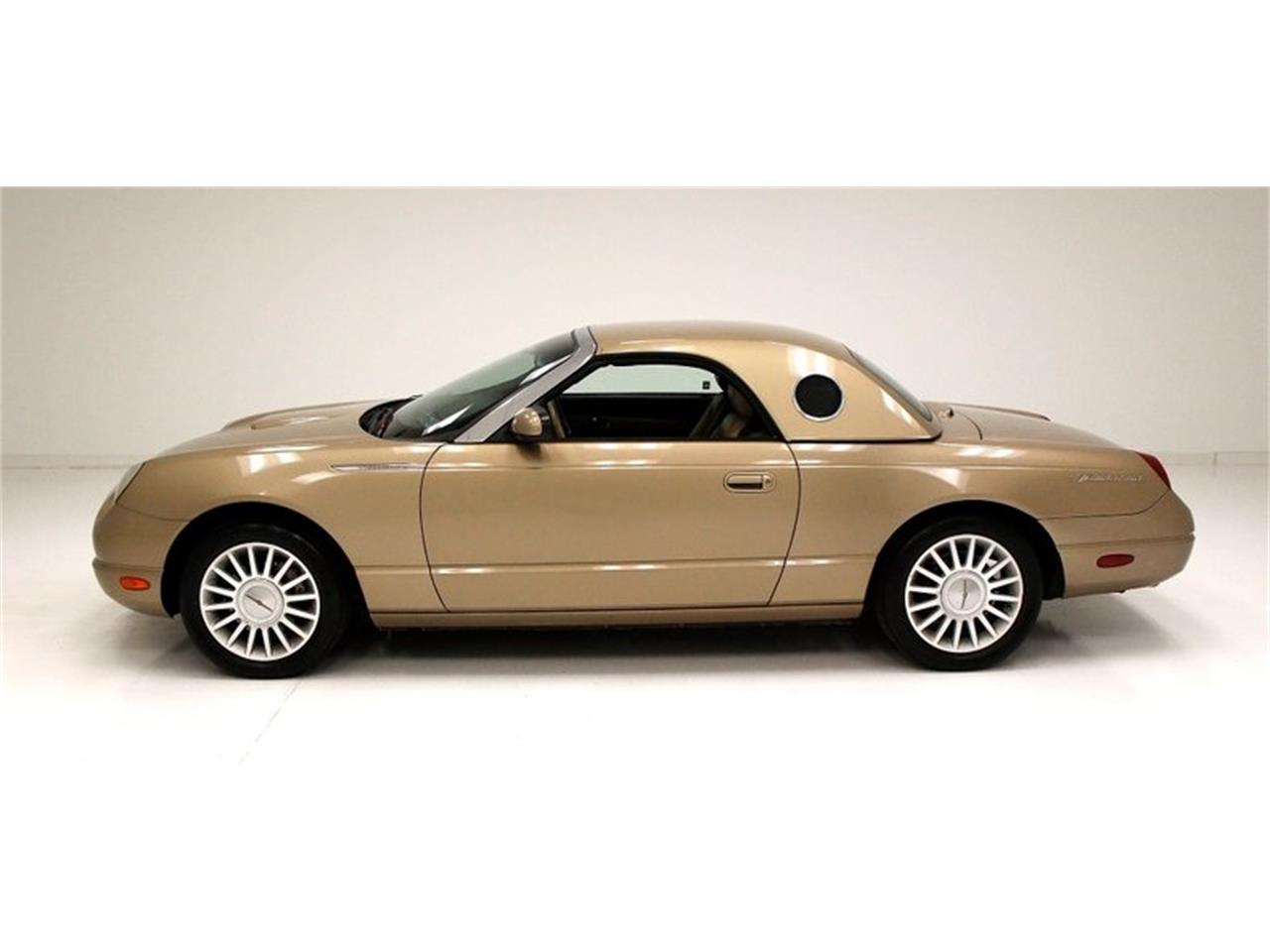 Large Picture of '05 Ford Thunderbird - Q6CY