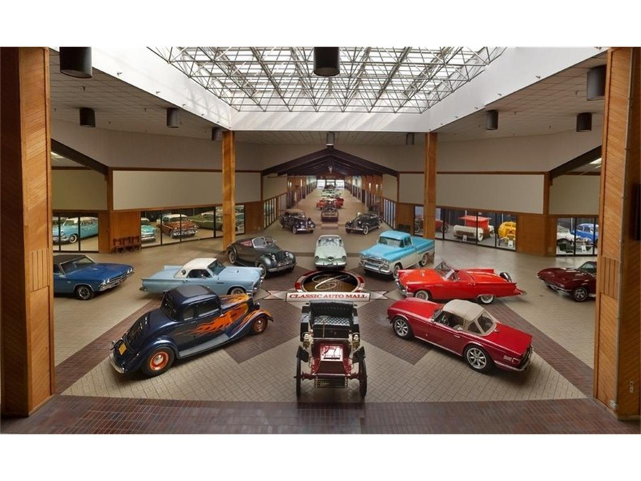 Large Picture of '05 Thunderbird - $16,500.00 Offered by Classic Auto Mall - Q6CY