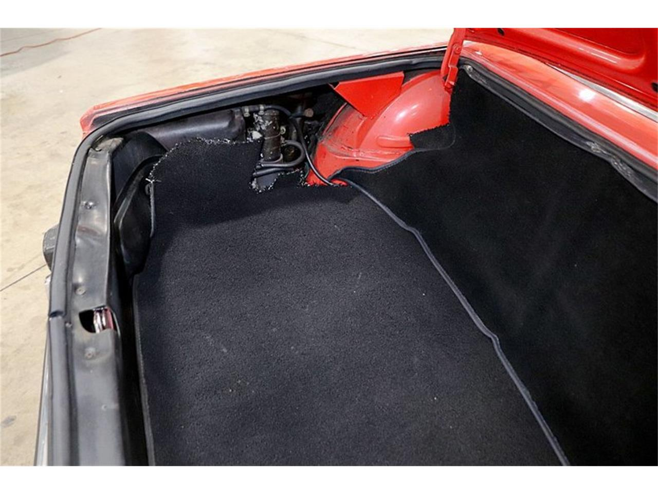 Large Picture of '74 Alfa Romeo Spider located in Kentwood Michigan Offered by GR Auto Gallery - Q6DB