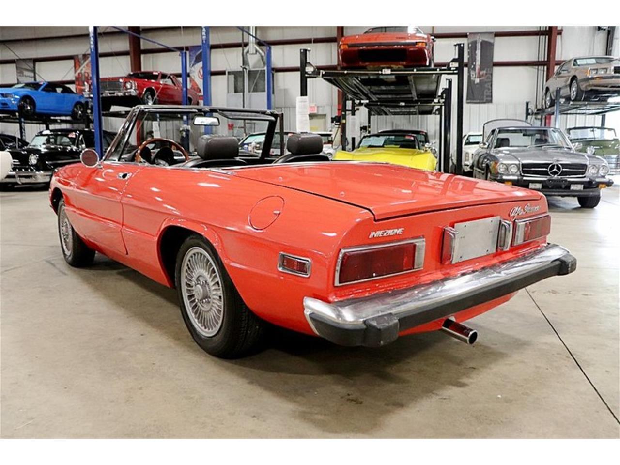 Large Picture of '74 Alfa Romeo Spider located in Michigan - $14,900.00 - Q6DB