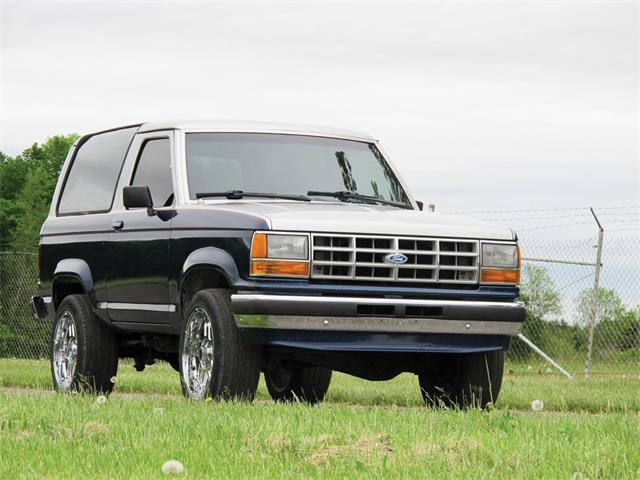 Picture of '89 Ford Bronco located in Auburn Indiana Auction Vehicle - Q6EQ