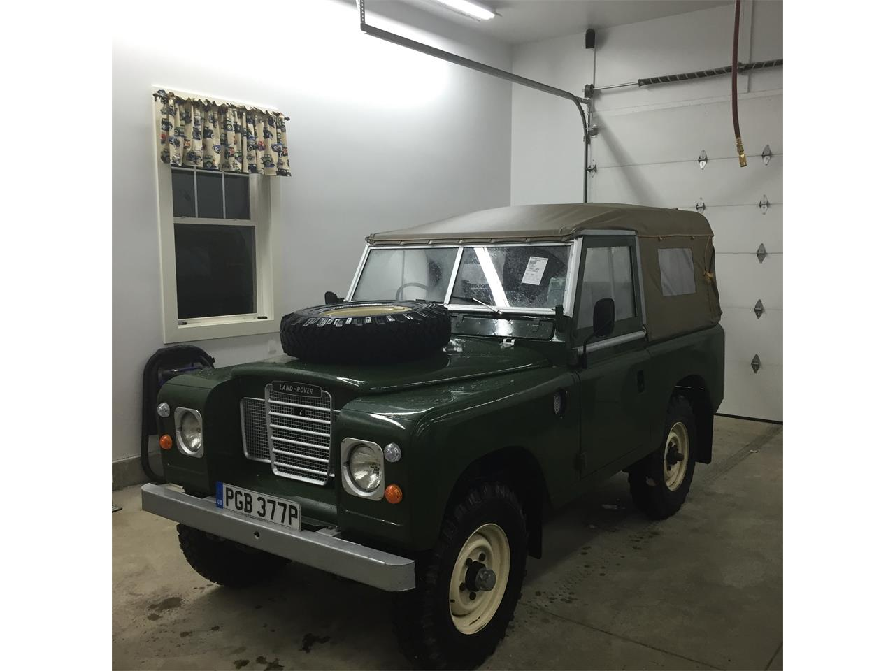 Large Picture of '76 Land Rover Series II 88 located in New Hampshire - $44,900.00 - Q5DA