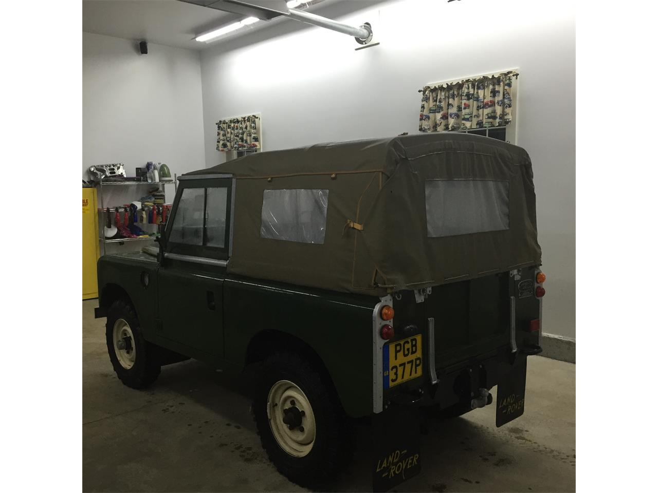 Large Picture of '76 Land Rover Series II 88 - $44,900.00 Offered by a Private Seller - Q5DA
