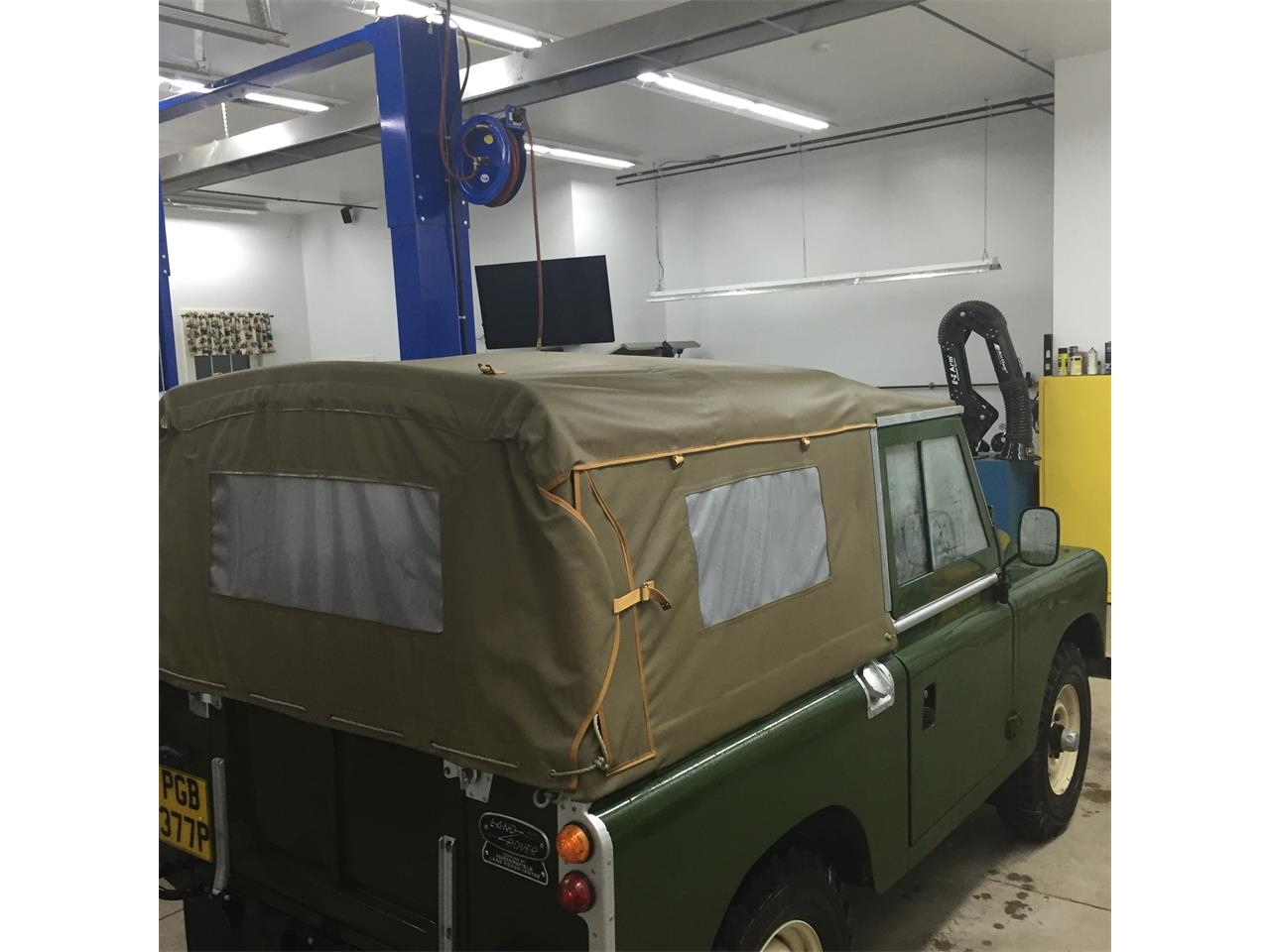 Large Picture of 1976 Land Rover Series II 88 located in New Hampshire - $44,900.00 - Q5DA