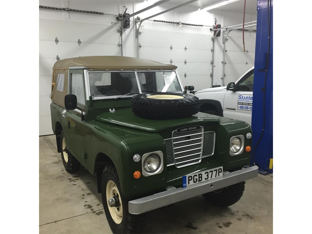Large Picture of '76 Land Rover Series II 88 - $44,900.00 - Q5DA