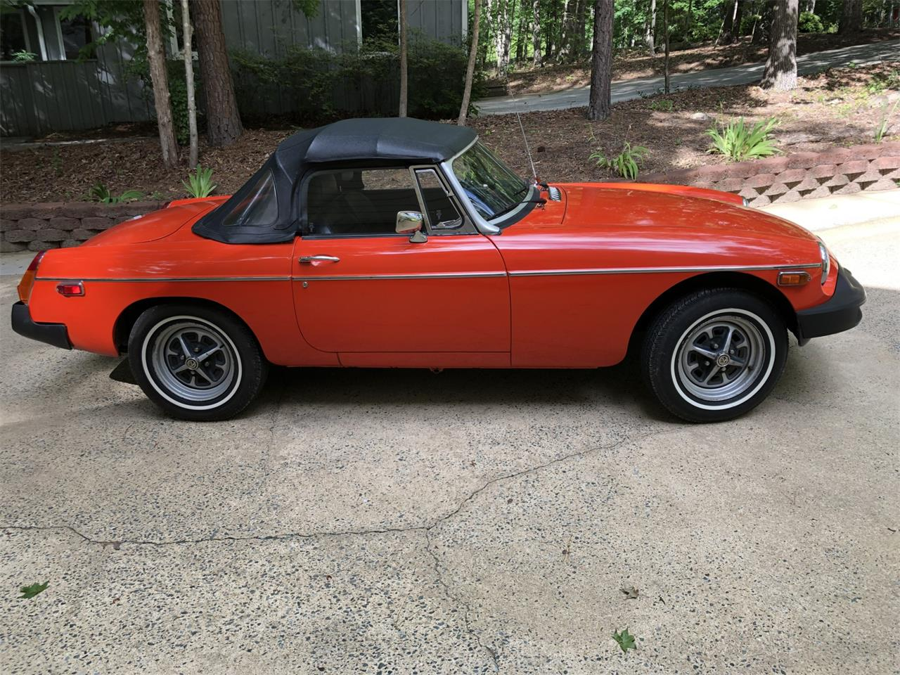 Large Picture of 1979 MGB located in Chapel Hill North Carolina Offered by Bring A Trailer - Q6FU