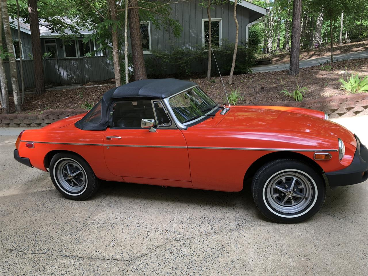 Large Picture of 1979 MG MGB Auction Vehicle Offered by Bring A Trailer - Q6FU