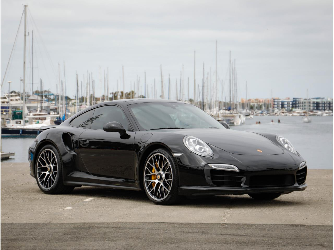 Large Picture of 2014 Porsche 911 located in Marina Del Rey California - $119,500.00 Offered by Chequered Flag International - Q6GN