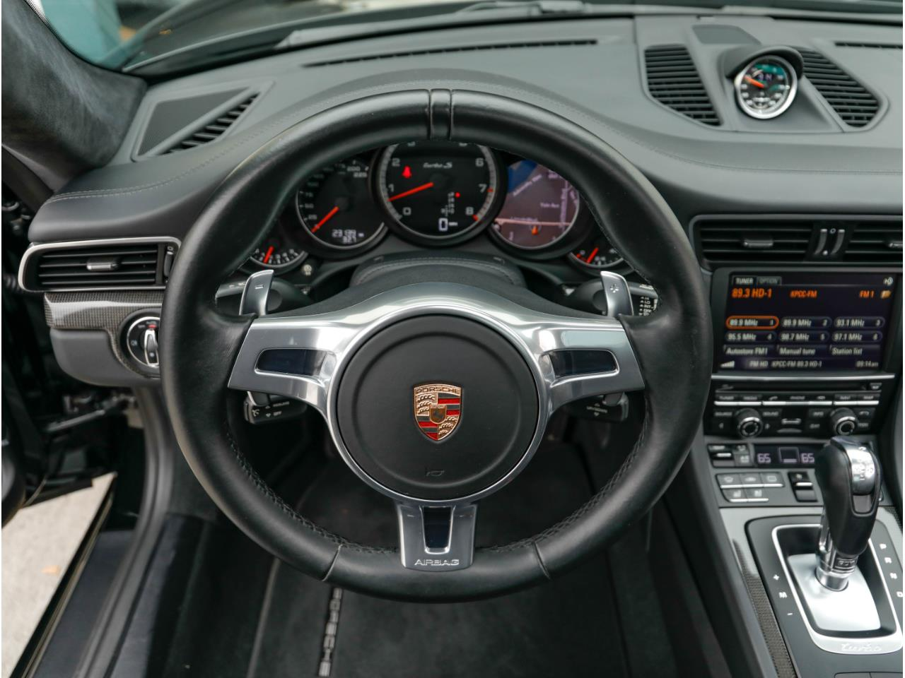 Large Picture of '14 911 - $119,500.00 Offered by Chequered Flag International - Q6GN