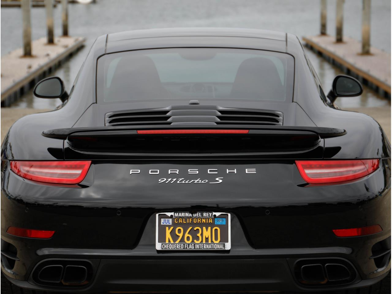 Large Picture of '14 Porsche 911 Offered by Chequered Flag International - Q6GN