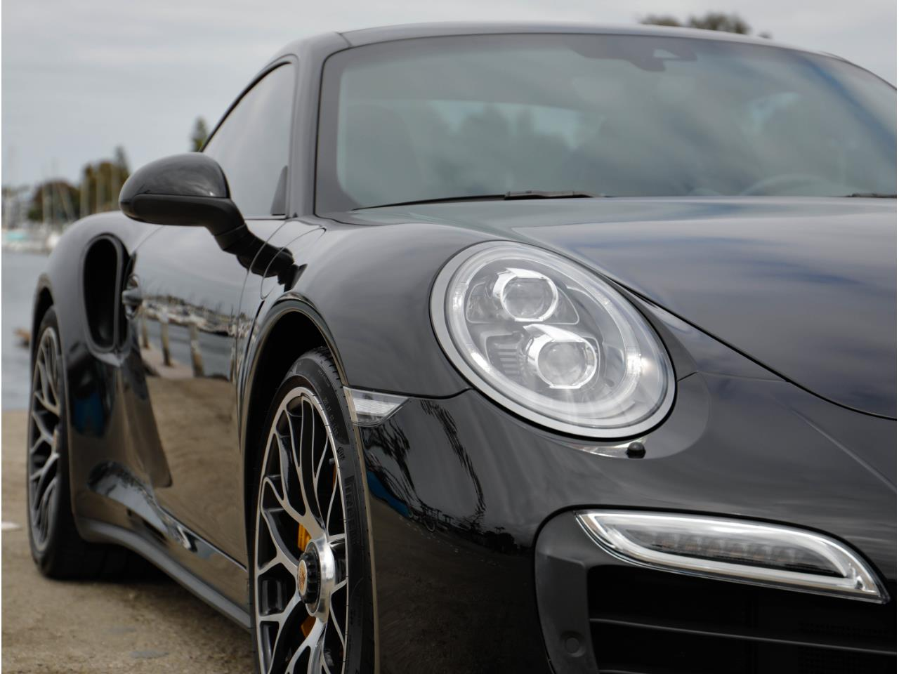 Large Picture of 2014 911 Offered by Chequered Flag International - Q6GN