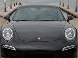 Picture of '14 911 Offered by Chequered Flag International - Q6GN