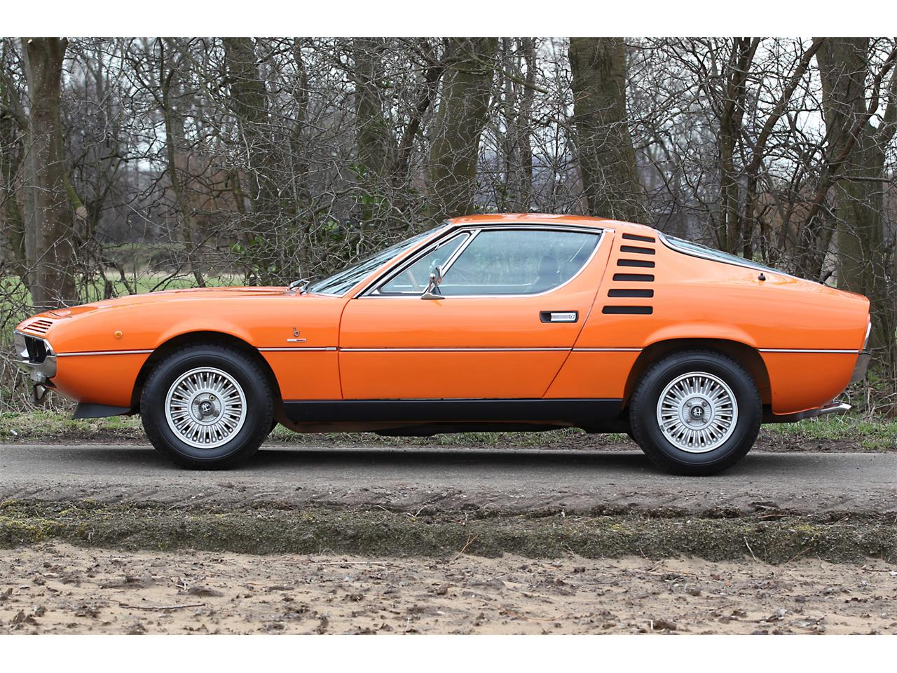 Large Picture of 1973 Alfa Romeo Montreal located in Heemskirk  Auction Vehicle - Q6GS