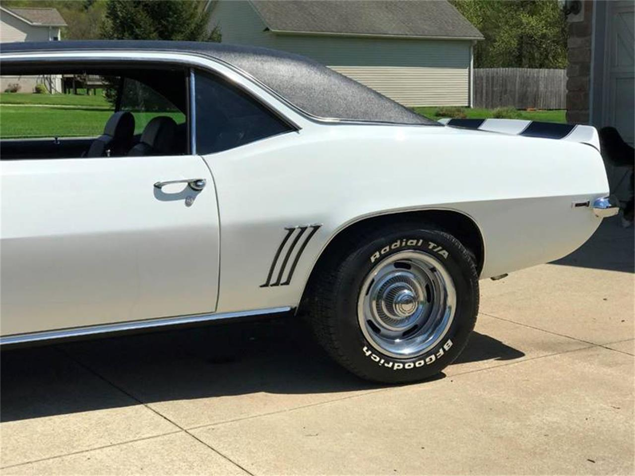 Large Picture of Classic 1969 Camaro located in Orville Ohio - $54,900.00 Offered by Sabettas Classics, LLC - Q6KC