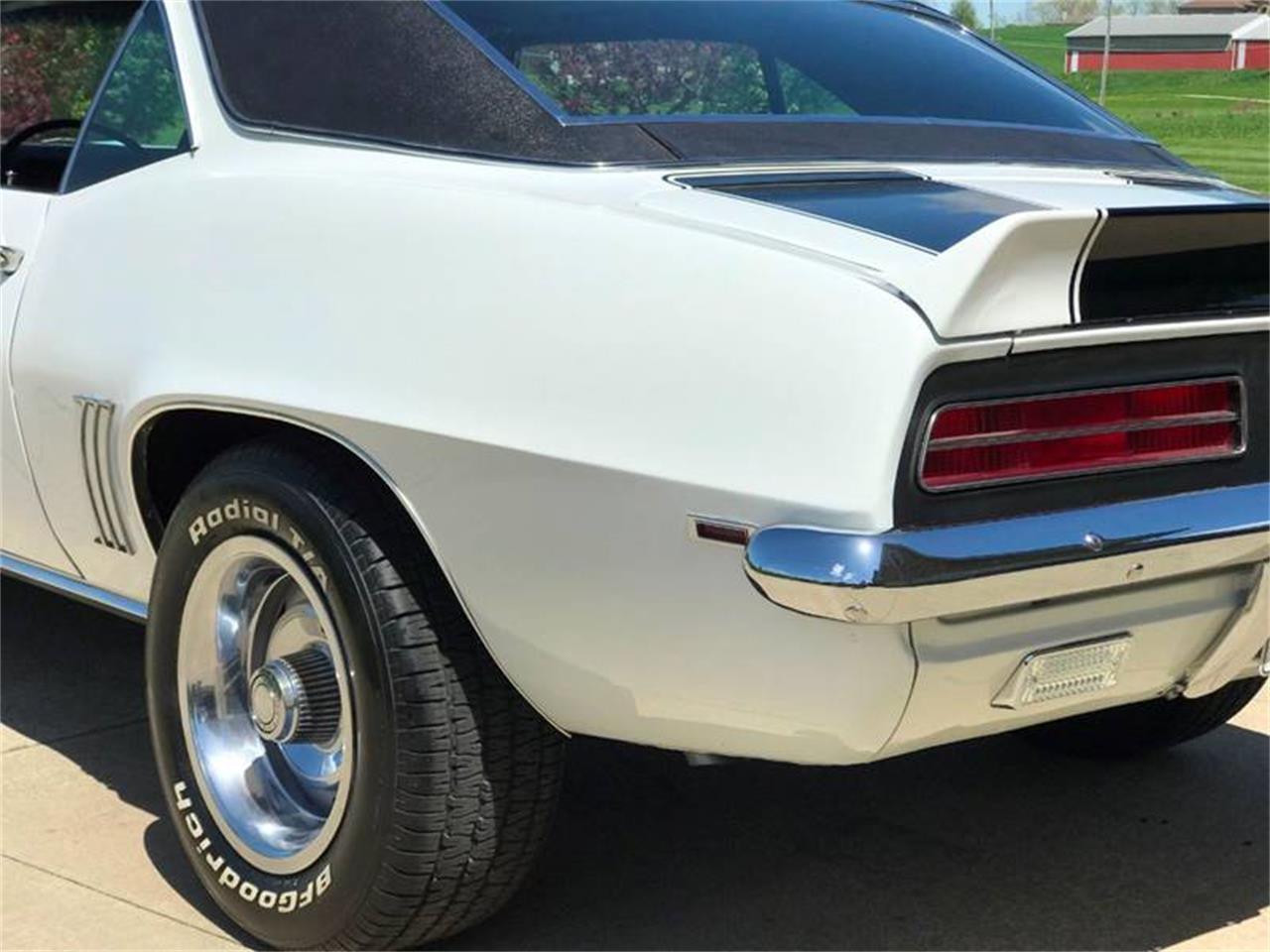 Large Picture of Classic 1969 Camaro - Q6KC