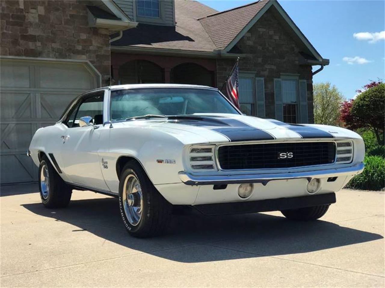 Large Picture of '69 Camaro Offered by Sabettas Classics, LLC - Q6KC