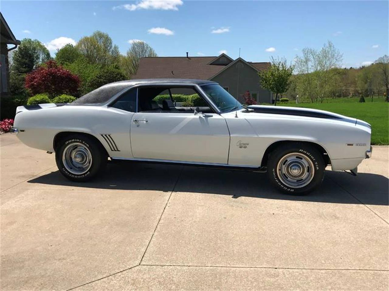 Large Picture of Classic 1969 Camaro - $54,900.00 Offered by Sabettas Classics, LLC - Q6KC
