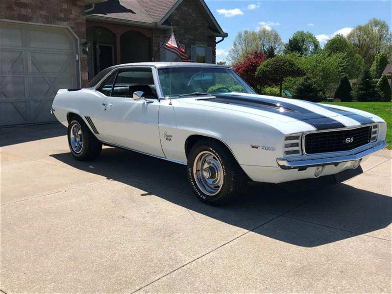 Large Picture of Classic 1969 Camaro Offered by Sabettas Classics, LLC - Q6KC
