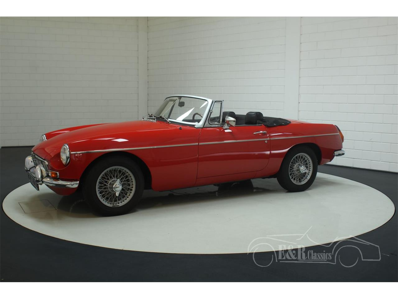 Large Picture of '77 MGB - Q6KG
