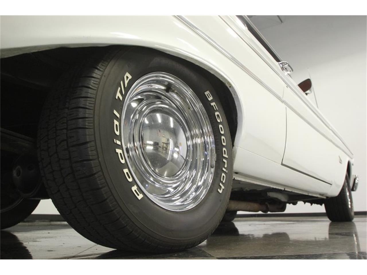Large Picture of Classic 1964 Ford Falcon located in Florida Offered by Streetside Classics - Tampa - Q6M2