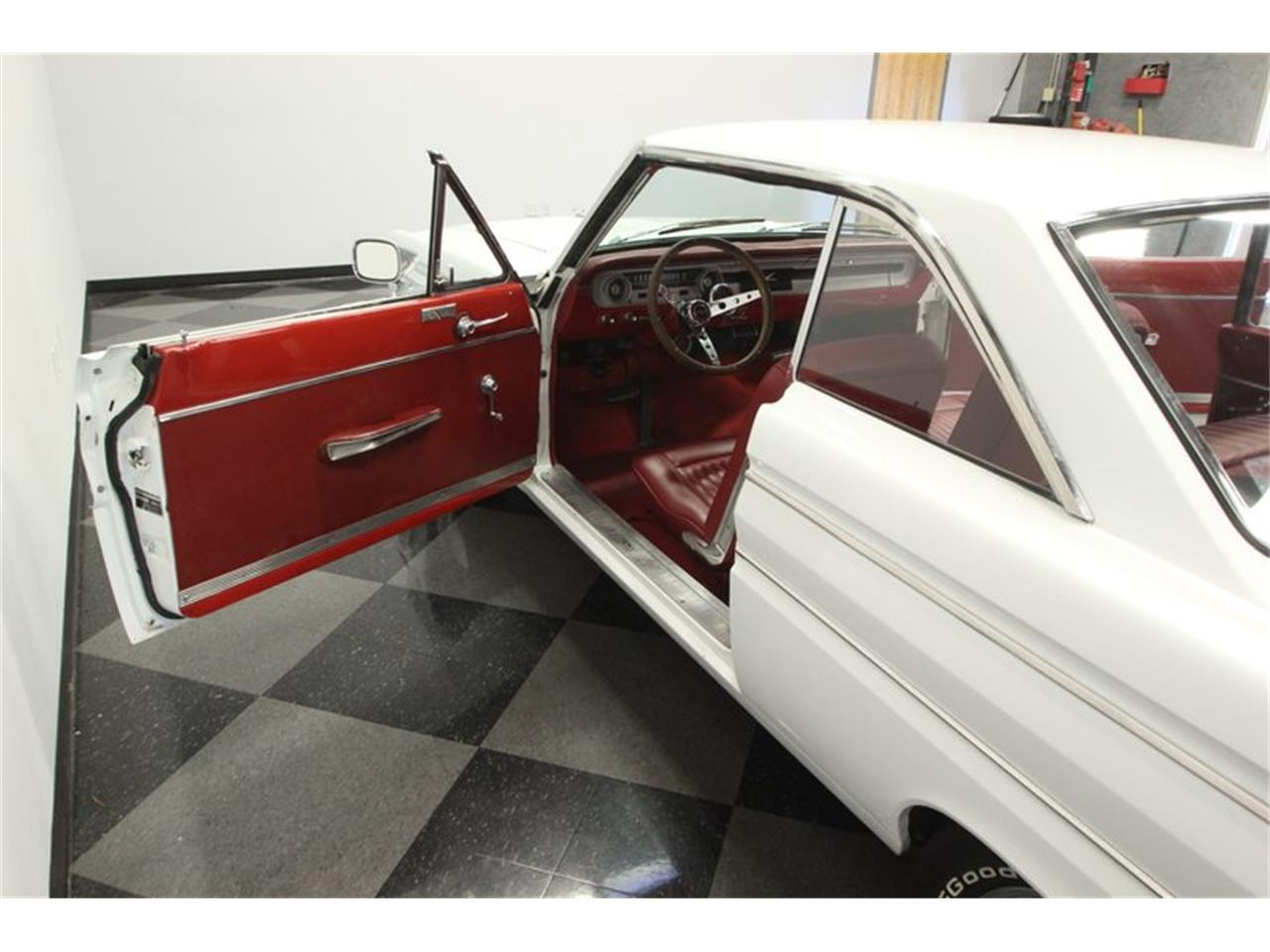 Large Picture of '64 Ford Falcon located in Florida - Q6M2