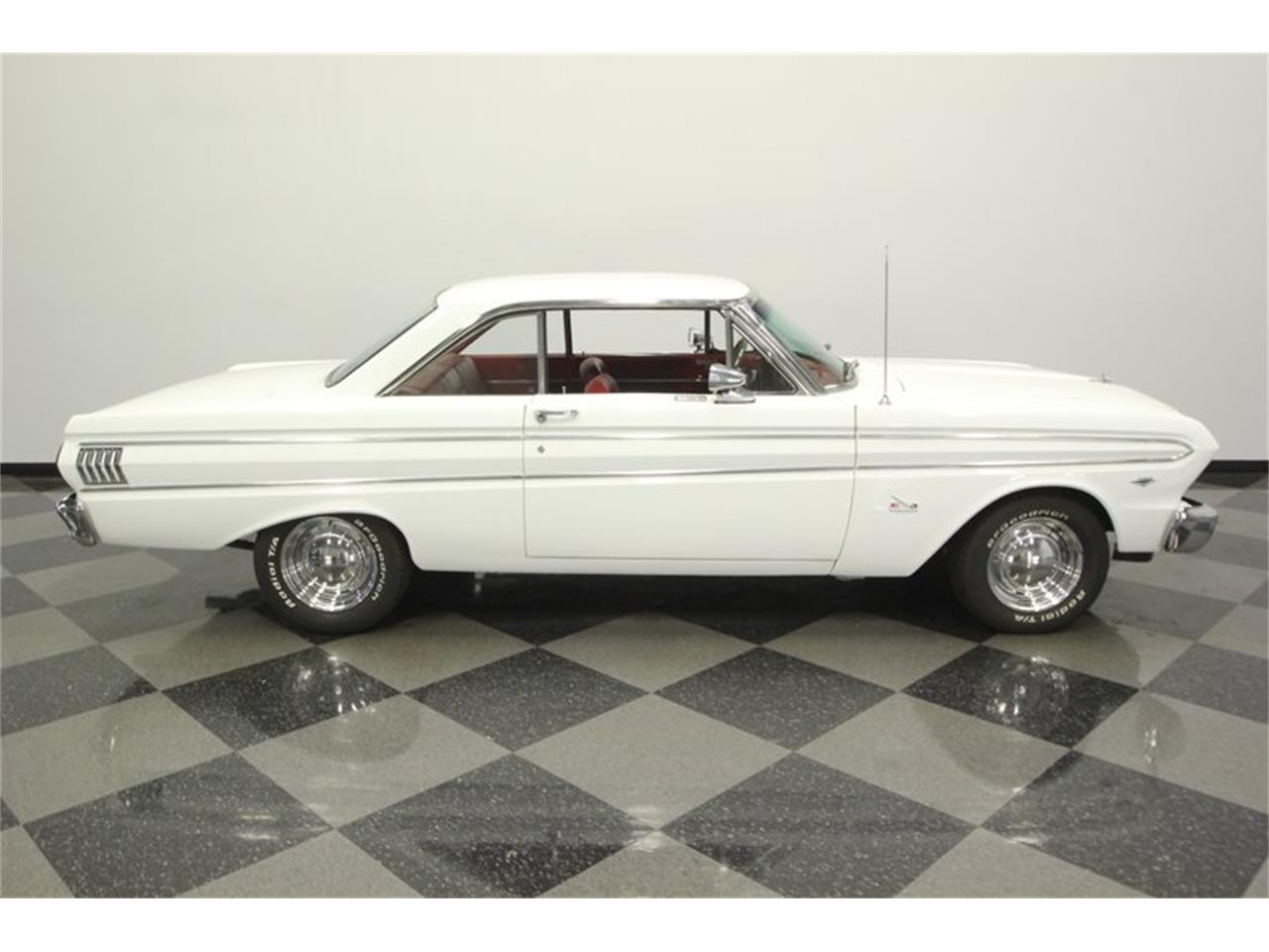 Large Picture of '64 Ford Falcon - $18,995.00 - Q6M2