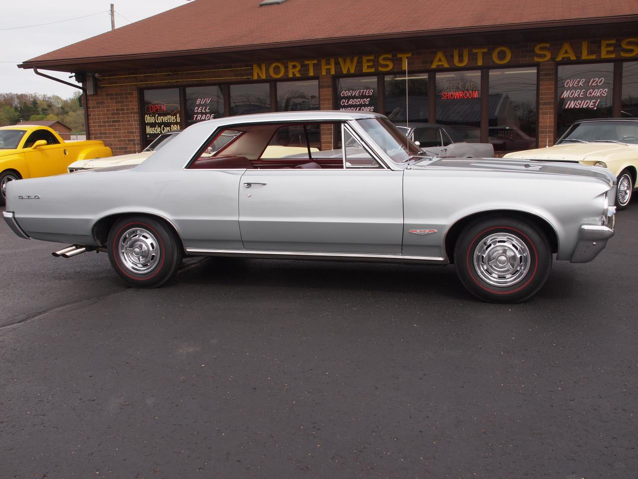 Large Picture of 1964 Pontiac LeMans located in North Canton Ohio Offered by Ohio Corvettes and Muscle Cars - Q6MP