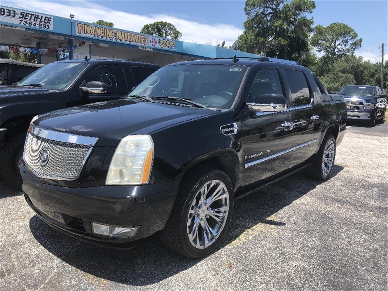 Large Picture of '07 Escalade - Q6O1