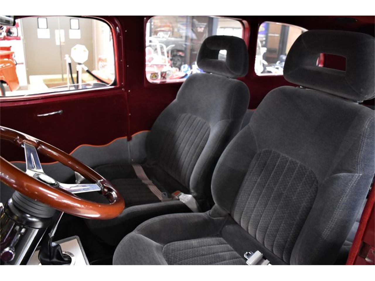 Large Picture of Classic 1946 Chevrolet Suburban located in Venice Florida Offered by Ideal Classic Cars - Q6O2